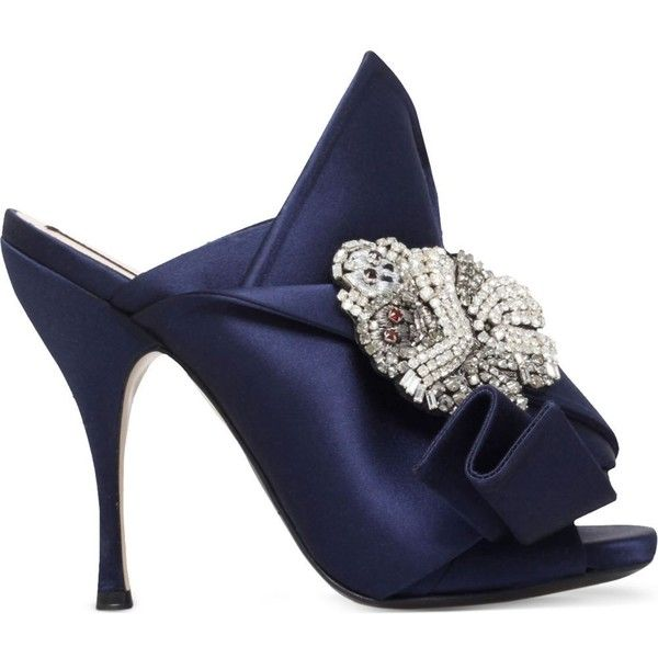 NO 21 Bow monkey-embellished satin mules (16 110 UAH) ❤ liked on Polyvore featuring shoes, navy, navy satin shoes, navy slip on shoes, peep toe shoes, peep toe mules and high heel shoes