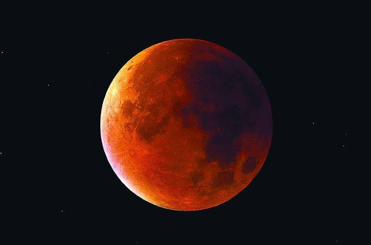 '#SuperBloodMoon' shines bright across the world http://bit.ly/1FCFnC2: