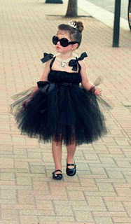 adorable!: Little Girls, Halloween Costumes, Flowers Girls, Audrey Hepburn, Audreyhepburn, Breakfast At Tiffany, Baby, Breakfastattiffany, Kid