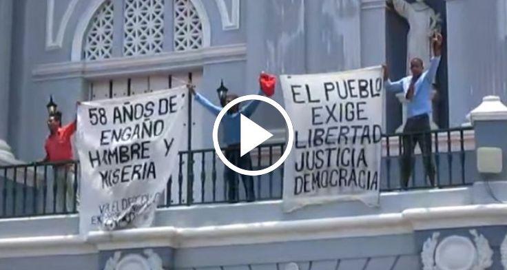 """Opositores exigen """"libertad para Cuba"""" en la Catedral de Santiago de Cuba durante el 26 de julio - CiberCuba"""