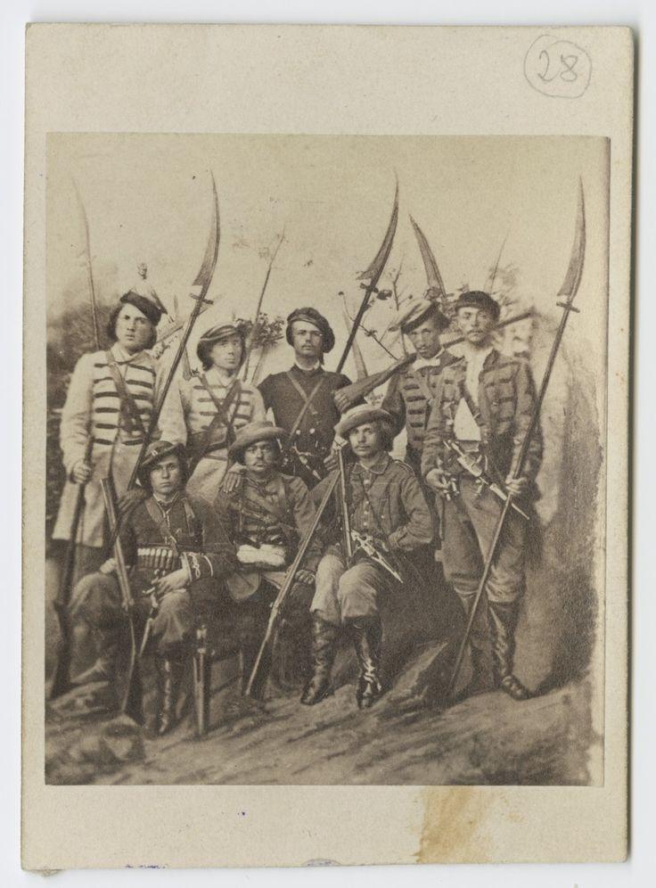 Portret zbiorowy kosynierów łęczyckich. Powstanie styczniowe 1863 r.