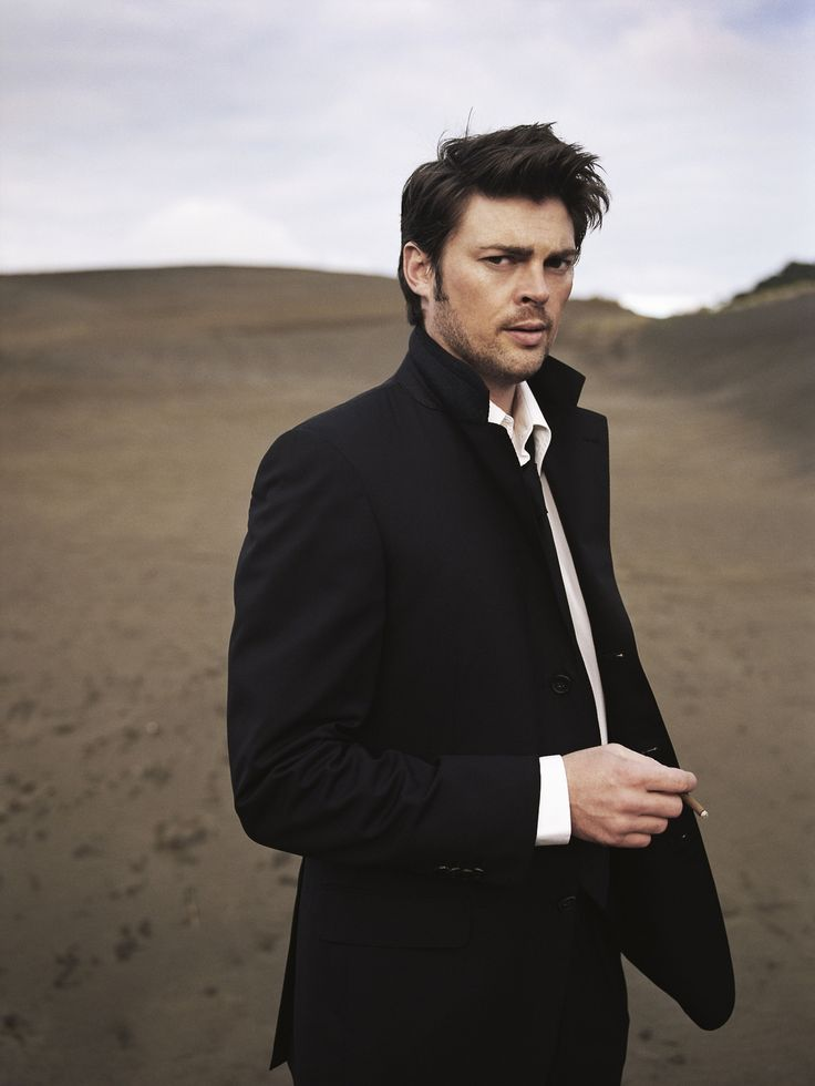 "Karl Urban yum <== I have to pin this so the next time I see him walking around St Luke's in his bare feet I can go ""yea but he scrubs up nice."""
