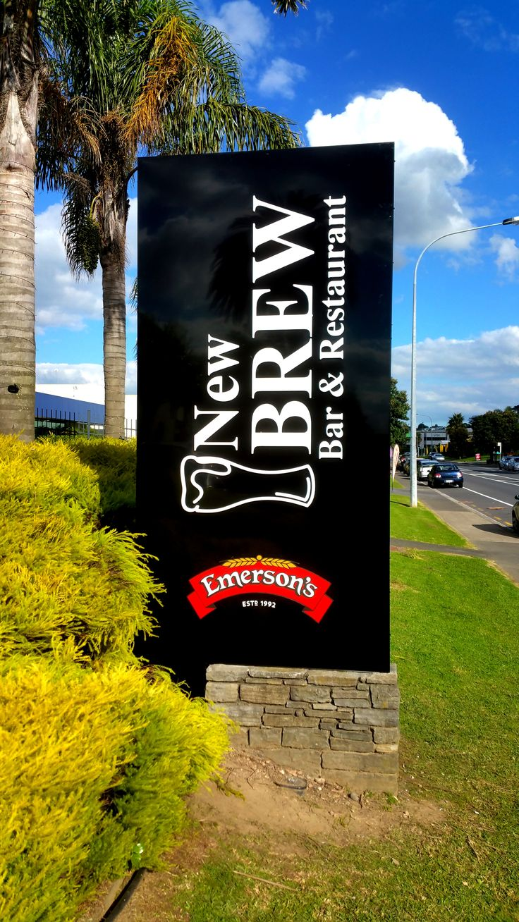 Illuminated sign for New Brew by Speedy Signs Newton