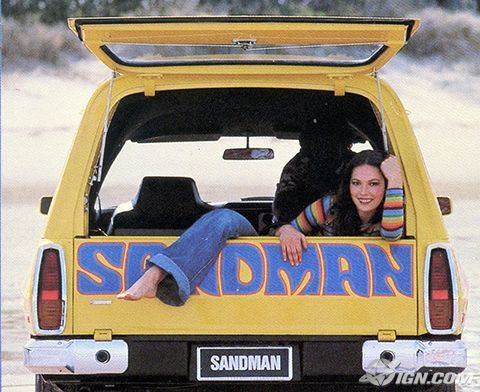 Aussie beach culture - Holden Sandman