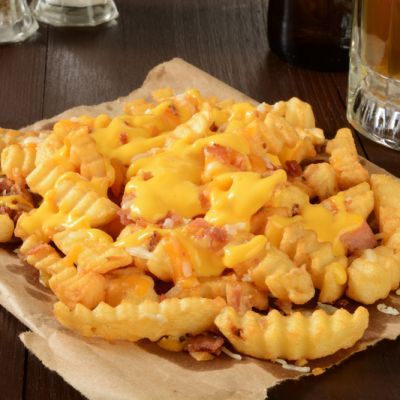 Copycat Ruby Tuesday's Famous Cheese Fries