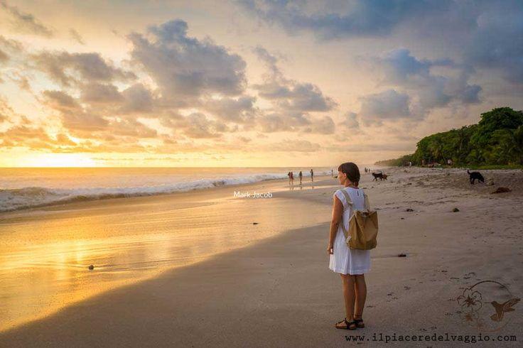 Costa Rica, sunset, playa along the Pacific coast Costa Rica, spiaggia al tramonto  lungo la costa del Pacifico   #costarica #spiaggia #beach #tramonto #sunset #ocean #pacific #oceno #pacifico