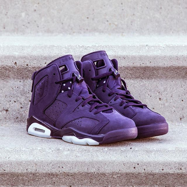 Release Reminder: Girls Air Jordan Retro 6 is available now at Jimmy Jazz