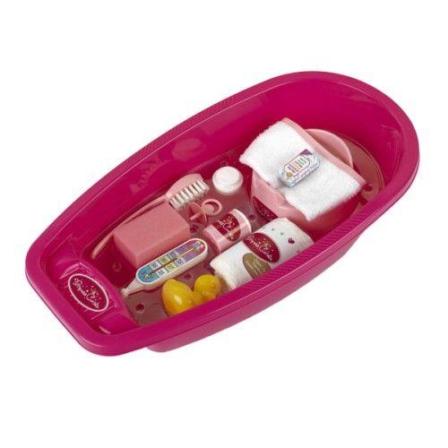 La petite maman en herbe à tout préparé pour baigner bébé. Avec tous les accessoires dont elle dispose, son poupon sera le plus beau. Cette baignoire est parfaite pour la toilette de sa poupée. Une grande baignoire pour poupées jusqu'à 39 cm.