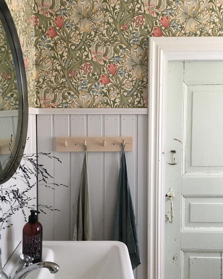 Summer house vintage wallpaper - Johanna Hagbard (@johannahagbard)