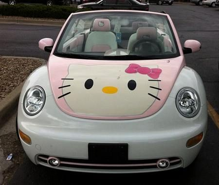 Hello Kitty logo on bug car hood