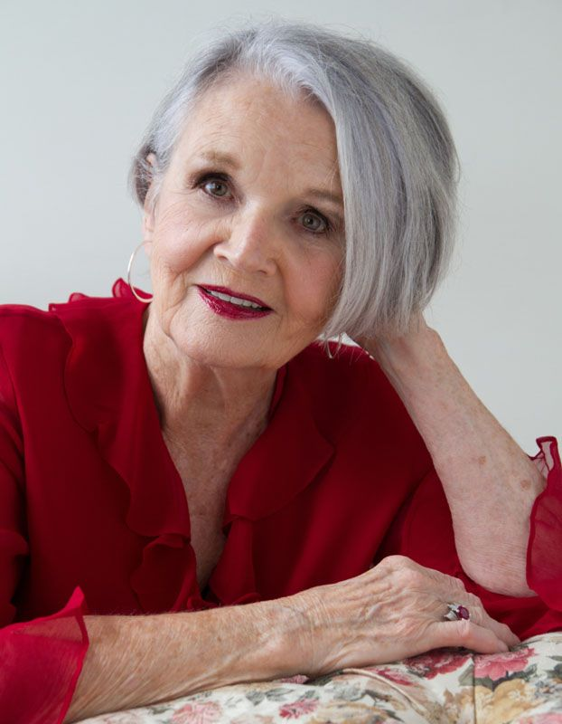 glamour photography,bella donna portraits,lightscapes photography,portraits for the older woman