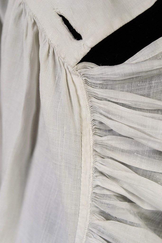 Man's linen shirt, late 18th century | INSIDE OUT