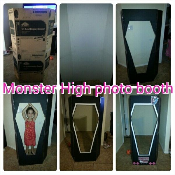 Monster High photo booth by anne