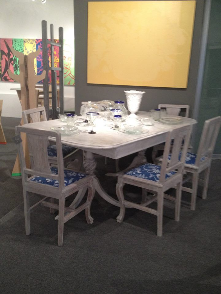 Set de sillas restauradas perfectas para darle luz a tu comedor by BERKANA Shop