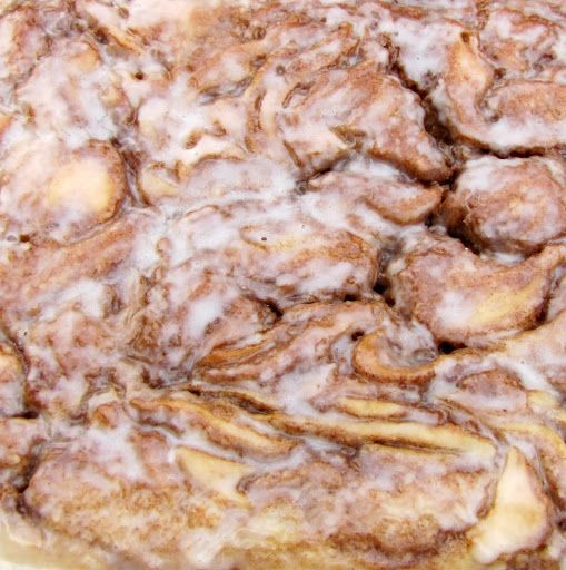 Cinnamon Roll Cake Anybody who reads this blog knows that I love all things cinnamon, most of all cinnamon rolls. This buttery, gooey cake has all of the flavors and richness of a delicious …