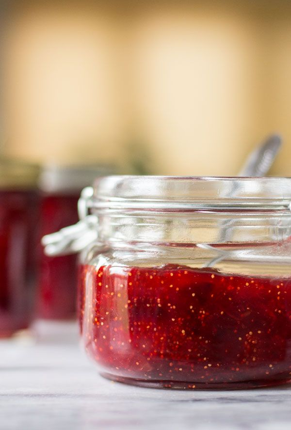Strawberry Fig Preserved made with figs, sugar and strawberry jello. So easy and…