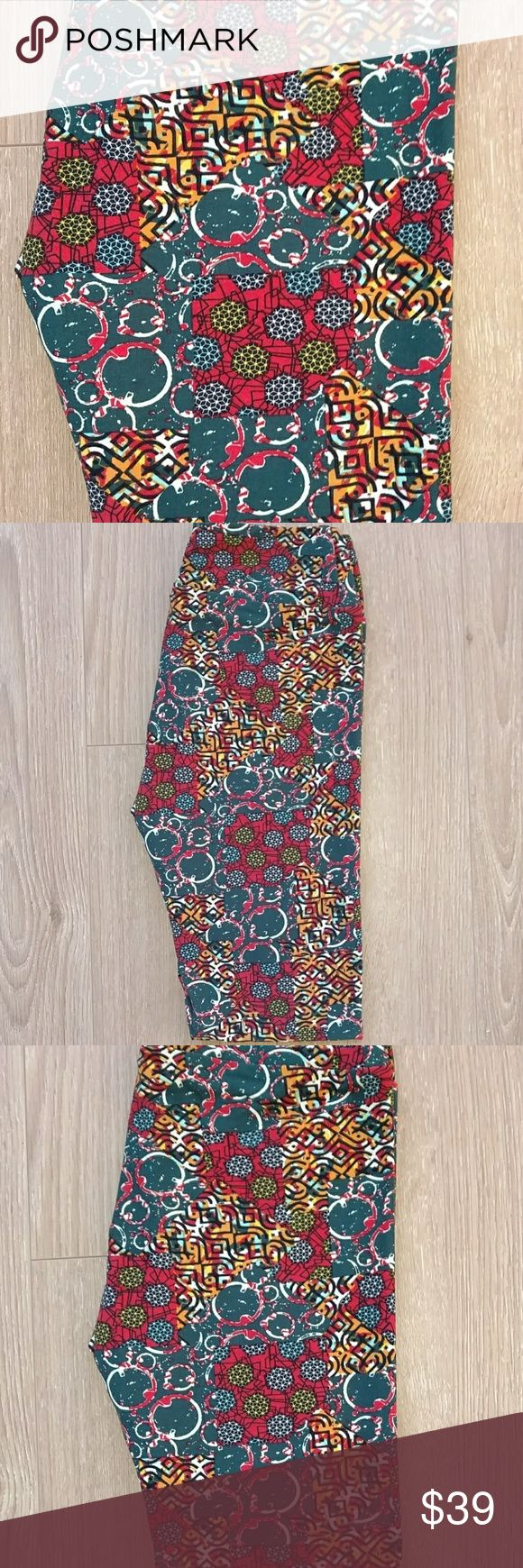 🆕 Lularoe Leggings OS Lularoe leggings OS. Made in Vietnam. Brand new/never worn.   If you make an offer please be considerate and do not low-ball. Thanks in advance! LuLaRoe Other