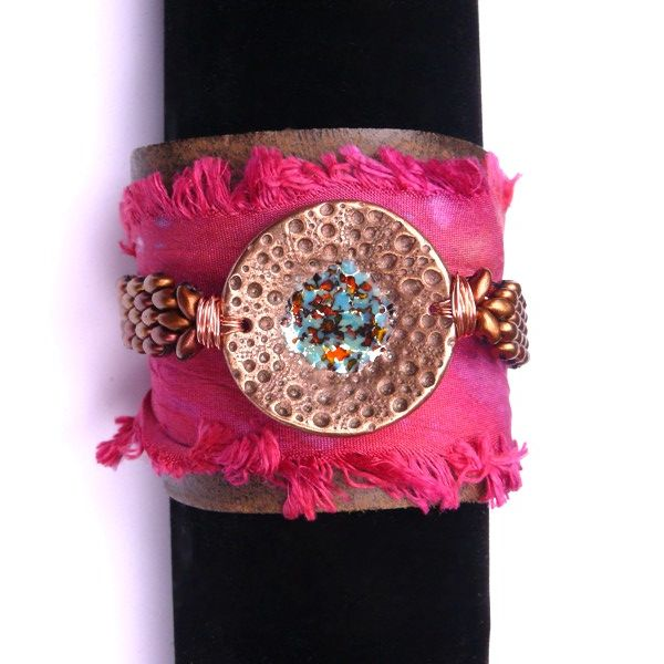 Beautiful Cuff designed by Caroline Dewison of Blueberri Beads, Bronze elements from Theaelements and superduo beads from The Bead Shop Liverpool
