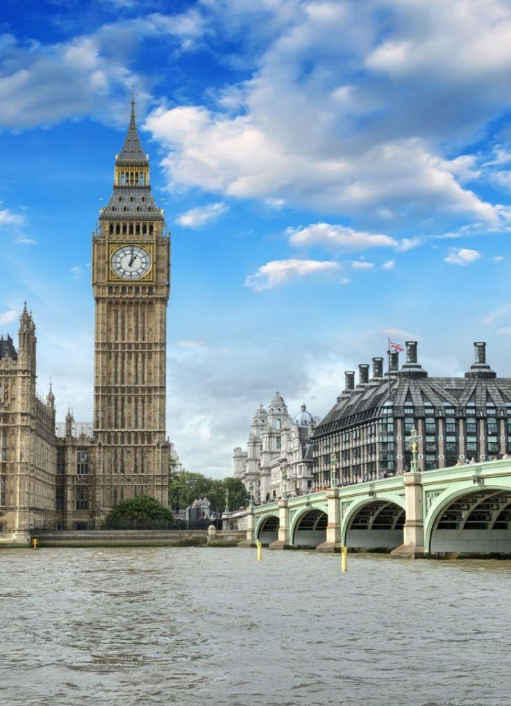 London Calling! Folgen Sie dem Ruf und entdecken die britische Hauptstadt ganz für sich. Schlendern Sie über den Camden Market, bestaunen Sie die königlichen Juwelen im Tower of London oder überblicken Sie die Stadt von oben, vom London Eye. Außerdem locken in London viele kulinarische Spezialitäten aus aller Welt und an jeder Ecke gibt es etwas Neues zu entdecken. Ihr Hotel im Osten Londons bietet außerdem eine tolle Aussicht aufs Wasser.