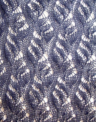 European Knitting Patterns : 284 best images about Lace knitting on Pinterest Free pattern, Knitted shaw...