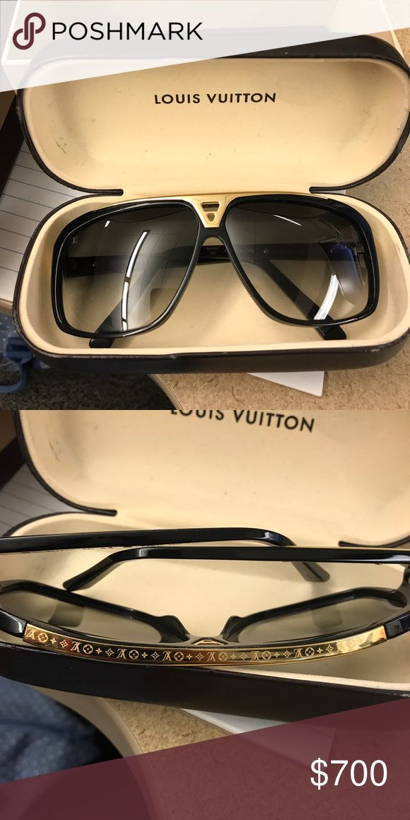 Louis Vuitton Evidence sunglasses Slightly worn but in great condition. Black and gold sunglasses Louis Vuitton Accessories Sunglasses