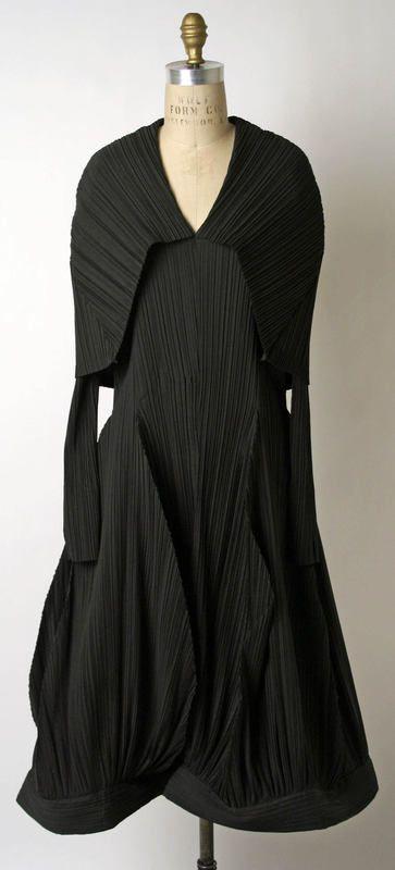 Dress Issey Miyake (Japanese) ca. 1985 silk