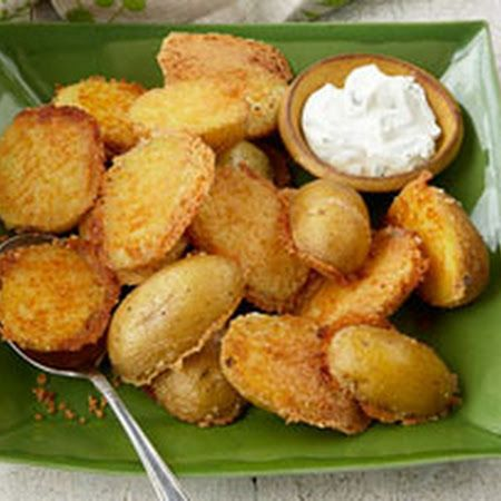 Crispy Parmesan Baked Potatoes: Another great, easy kraft recipe (4 ingredients)! Yukon gold potatoes coated in Parmesan and garlic powder and baked till tender and crispy.