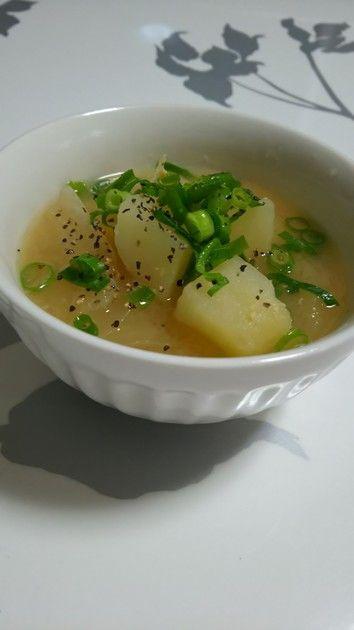 *じゃがいもと玉ねぎの味噌汁* by ひーゆーママ [クックパッド] 簡単おいしいみんなのレシピが215万品