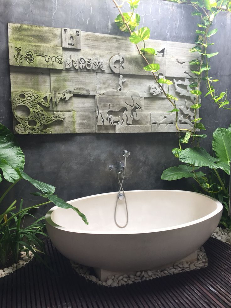 The Art Gallery My Outdoor bathroom in Bali