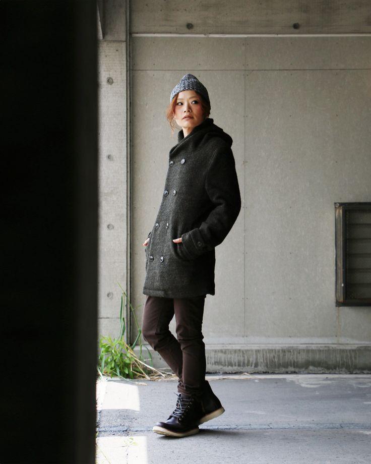 この軽さで、この暖かさ。本当に驚きでした。イタリア産の希少生地「スライバーニット」  アウター コート ウール ピーコート 。【予約販売】【送料無料】 Audience [オーディエンス] フード付き ピーコート ウールニット スタンドネック オリーブ メンズ レディース Pコート |暖かい ウールコート ウール 秋物 秋服 冬服 冬物 秋冬 コート