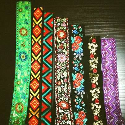 new vintage fabrics for new straps! head on https://www.etsy.com/it/shop/EliCreates?ref=si_shop