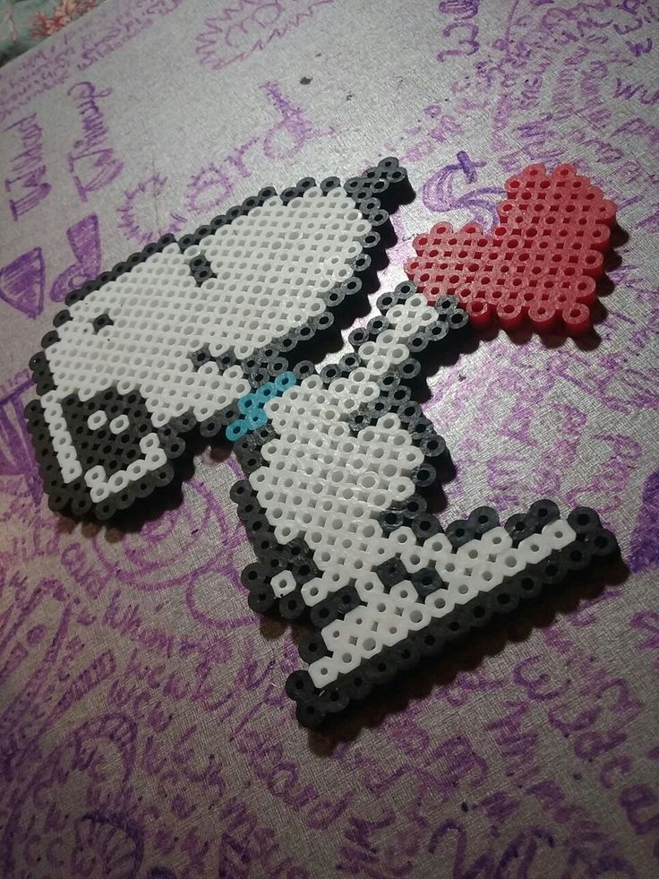 Perler bead snoopy love