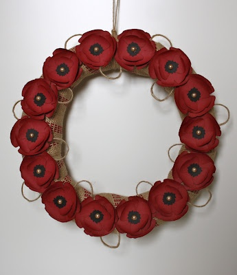 Poppy Wreath. Very pretty! I have a weakness for poppies!