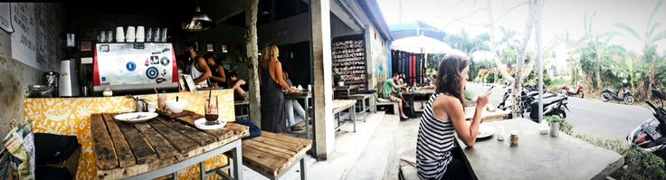 One of the best place to have breakfast, or just enjoying your brunch n lunch. The Crate Cafe, at Canggu, Bali.