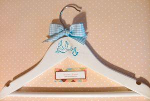 percha infantil decorada