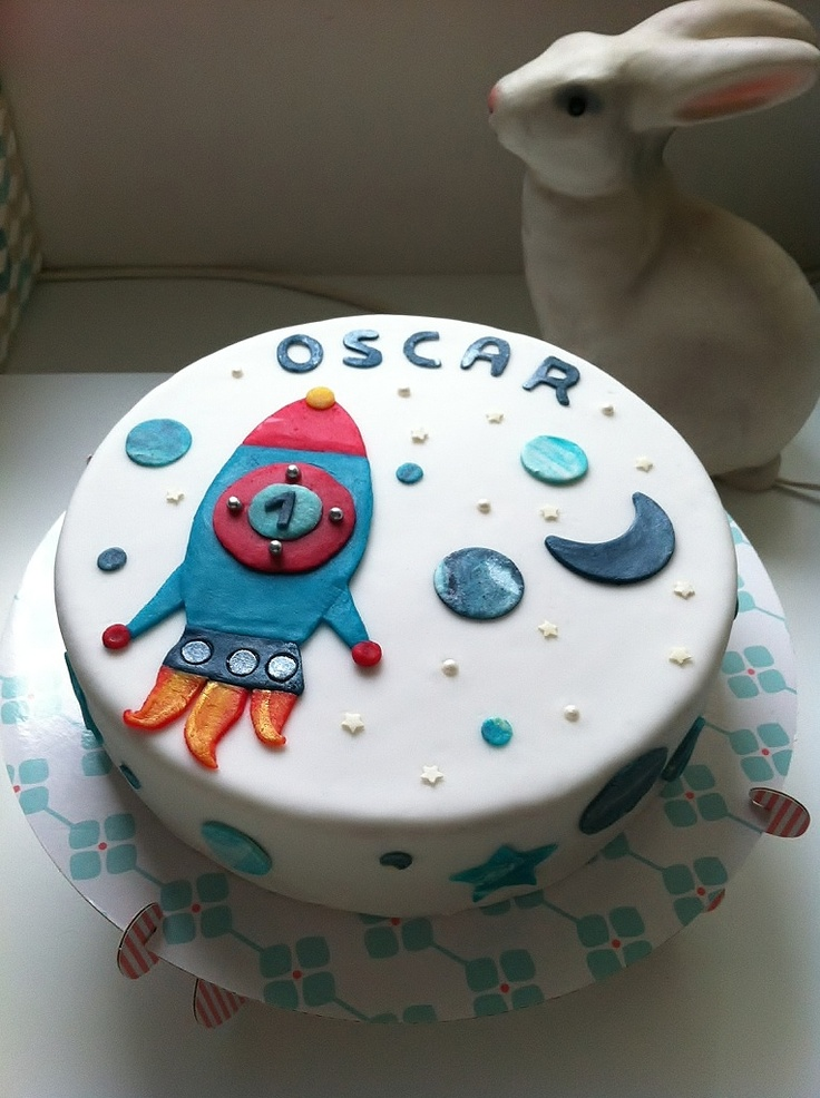 17 Best Rockets Cake Images On Pinterest Anniversary Cakes