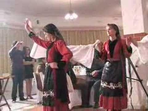 Χορος Αγιου Ανδρεα (+playlist)