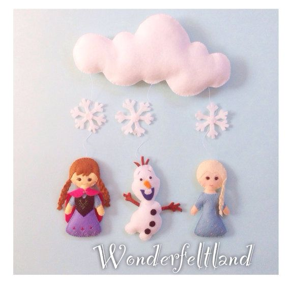 How cute is this?! Baby Mobile, Crib Baby Mobile, Nursery Decor, Frozen Mobile, Baby Mobile, Felt mobile (Elsa, Anna, Olaf)