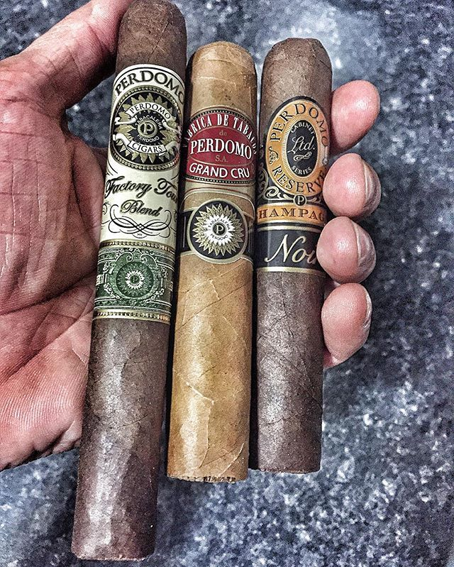 I just got some smokes from our BOTL!! @roots.gr thank you very much brother…