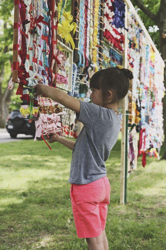 community art installation in the park via seejaneblog