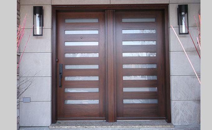 Wooden front door - Modern Style Double porte en bois - extérieur | Porte entree bois, Porte d ...