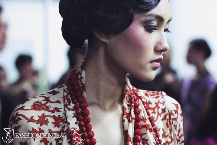 china doll makeup backstage at Indonesia Fashion Week