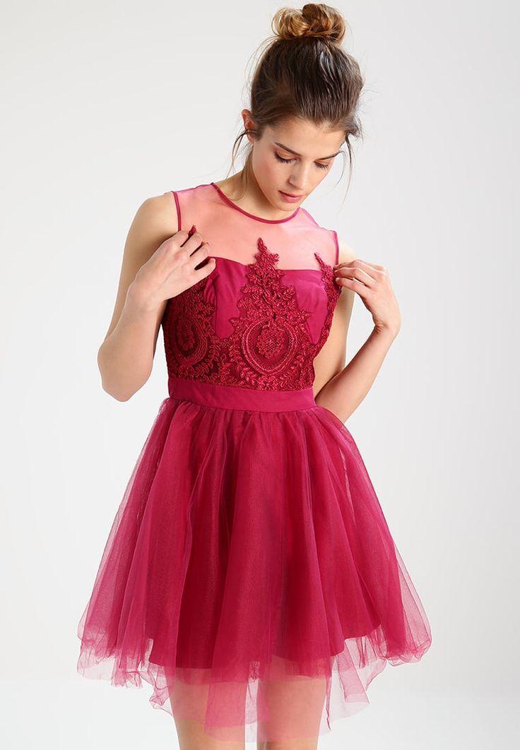 Chi Chi London Petite ELLISE - Sukienka koktajlowa na wesele i studniówkę  #sukienka #sukienki #sukienka_na_wesele #sukienkanawesele #sukienka_wieczorowa #sukienki_wieczorowe #moda #fashion #fashionable  #evening_dresses #evening_dress #wesele #dress #dresses #vestidos #sukienkawieczorowa #sukienkiwieczorowe #modadamska #studniówka #sylwester