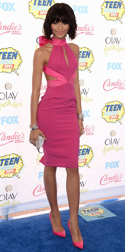 ZENDAYA gives pink a summertime whirl in this halter-neck dress by Material Girl at TCA 2014