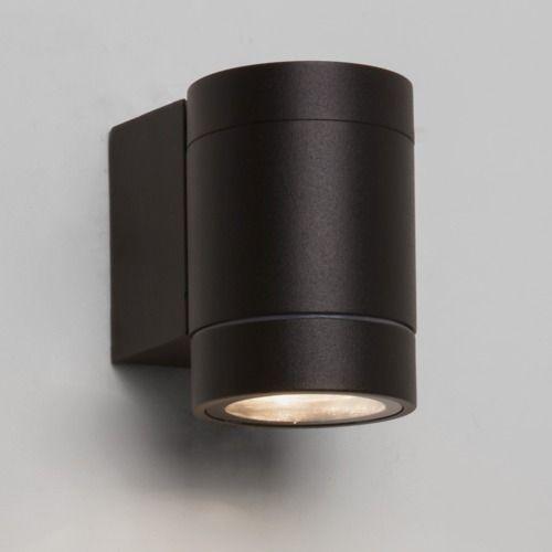 <p>Dartmouth single exterior wall light.</p>  <p>Black finish.</p>  <p>Uses 3 x 1W LED lamps.</p>  <p>IP54 rated.</p>  <p>Class I, earthed.</p>  <p>189 lumens.</p>  <p>1000 hours salt spray tested.</p>