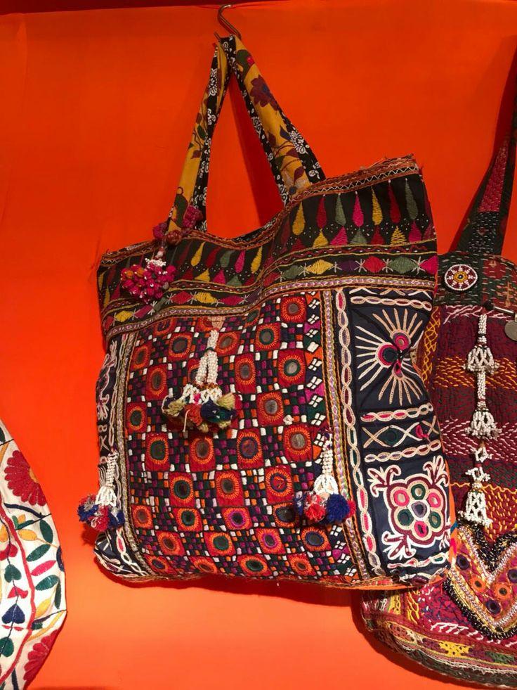 Pin by Sunita Sheth on vitage bag Bags, Diaper bag, Duffle
