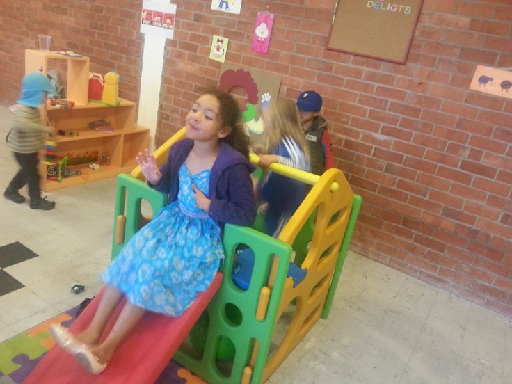 Play Ground indoor, Children play in my shop