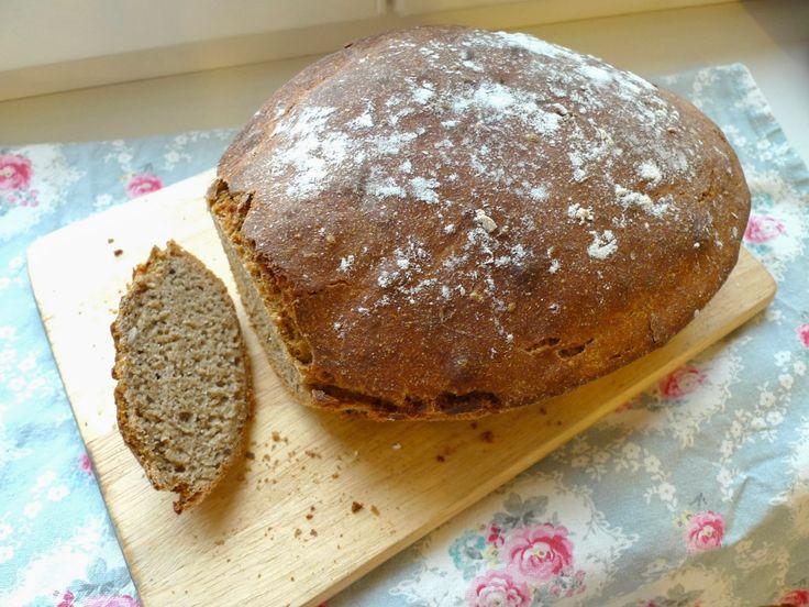 Ms. Blogger Eva: Tmavý celozrnný chléb z pekáče