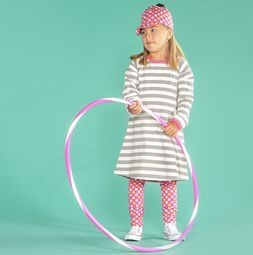 Easy to combine Striped Dress. E.g. with our organic pastel Polka Dot legging + cap.