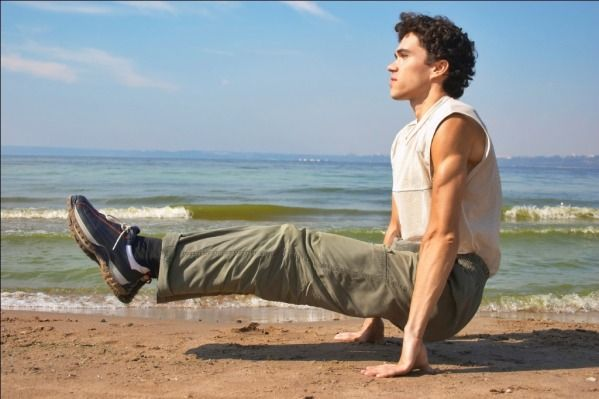 (4) 15-Minute Manly Workout, No Equipment Necessary - Likes
